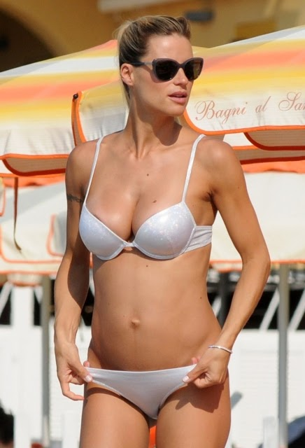 Michelle Hunziker Sexy Pregnant Bikini Candids In