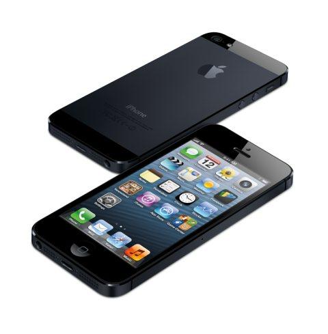 Apple continua a vendere molti modelli iPhone 5, 4s e 4: nell'ultimo trimestre 2012 sono 52 milioni gli esemplari venduti