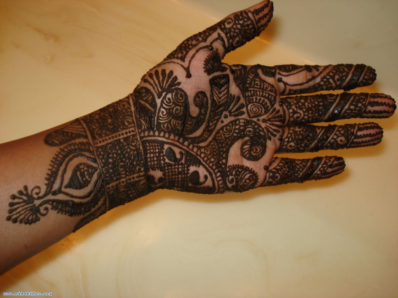 Mehndi Hand Designs