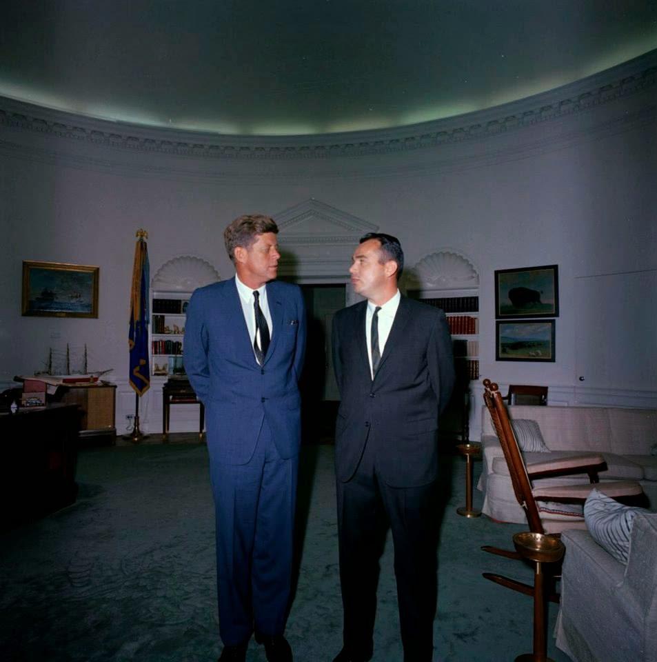 SA Ken Wiesman with JFK 10/23/63