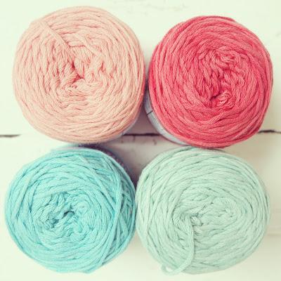 ByHaafner, Nikkim Vinnis cotton yarn, pastel, gift from Pigtails