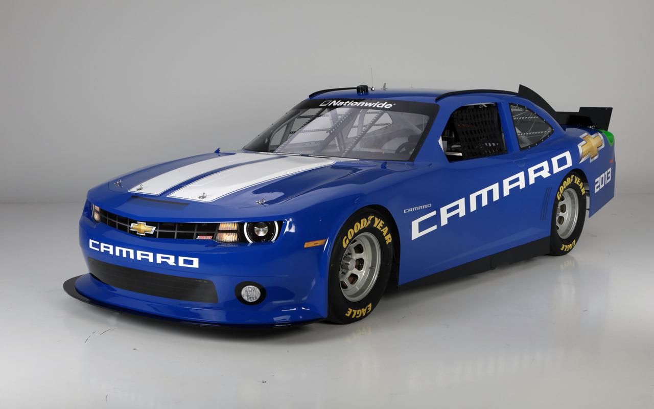 NASCAR Nationwide... Mustang vs. Challenger vs... CAMARO!!!