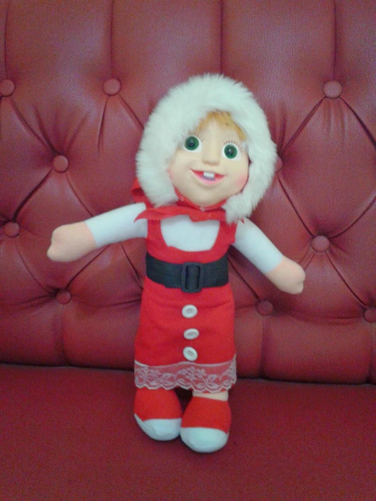 Boneka Masha Edisi Natal