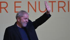 LULA É LEVADO PARA DEPOR NA SEDE DA POLÍCIA FEDERAL