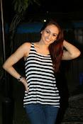 Aksha latest glamorous photos-thumbnail-9