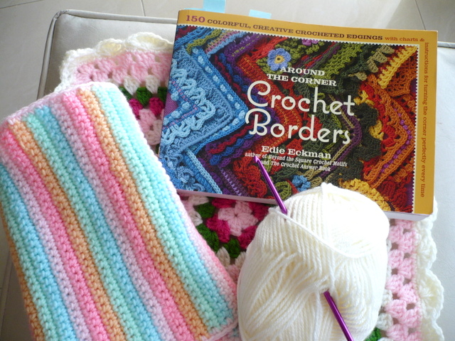 Ch 233 crochet book review 2 around the corner crochet borders