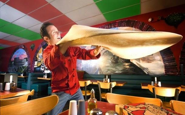 2. A maior massa de pizza a girar por dois minutos