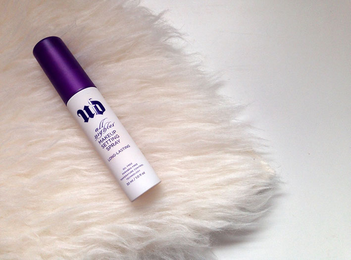 Urban Decay All Nighter Make Up Setting Spray.