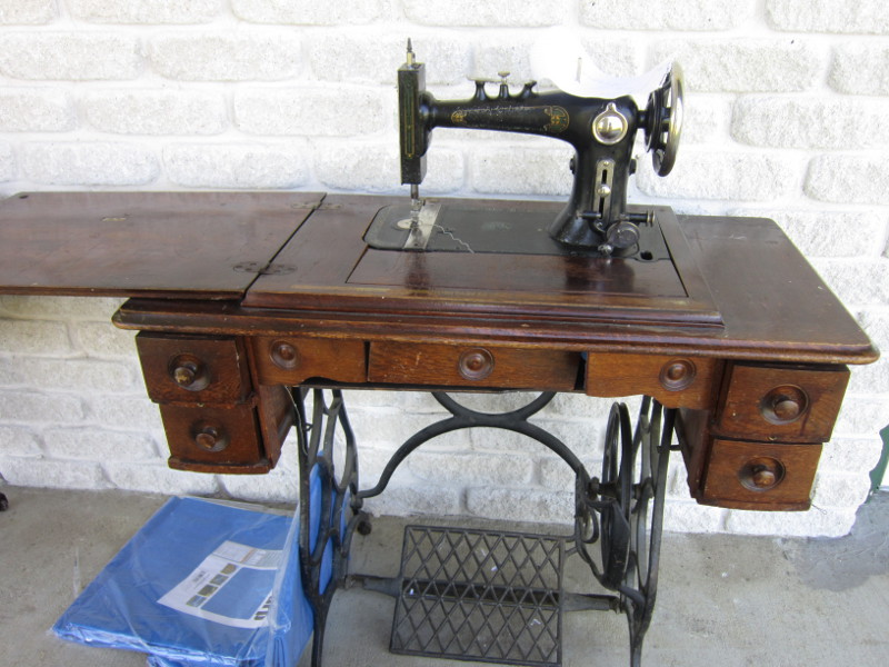 Missy's Homemaking Adventures More Sewing Machines Best Sewing Machines Plymouth