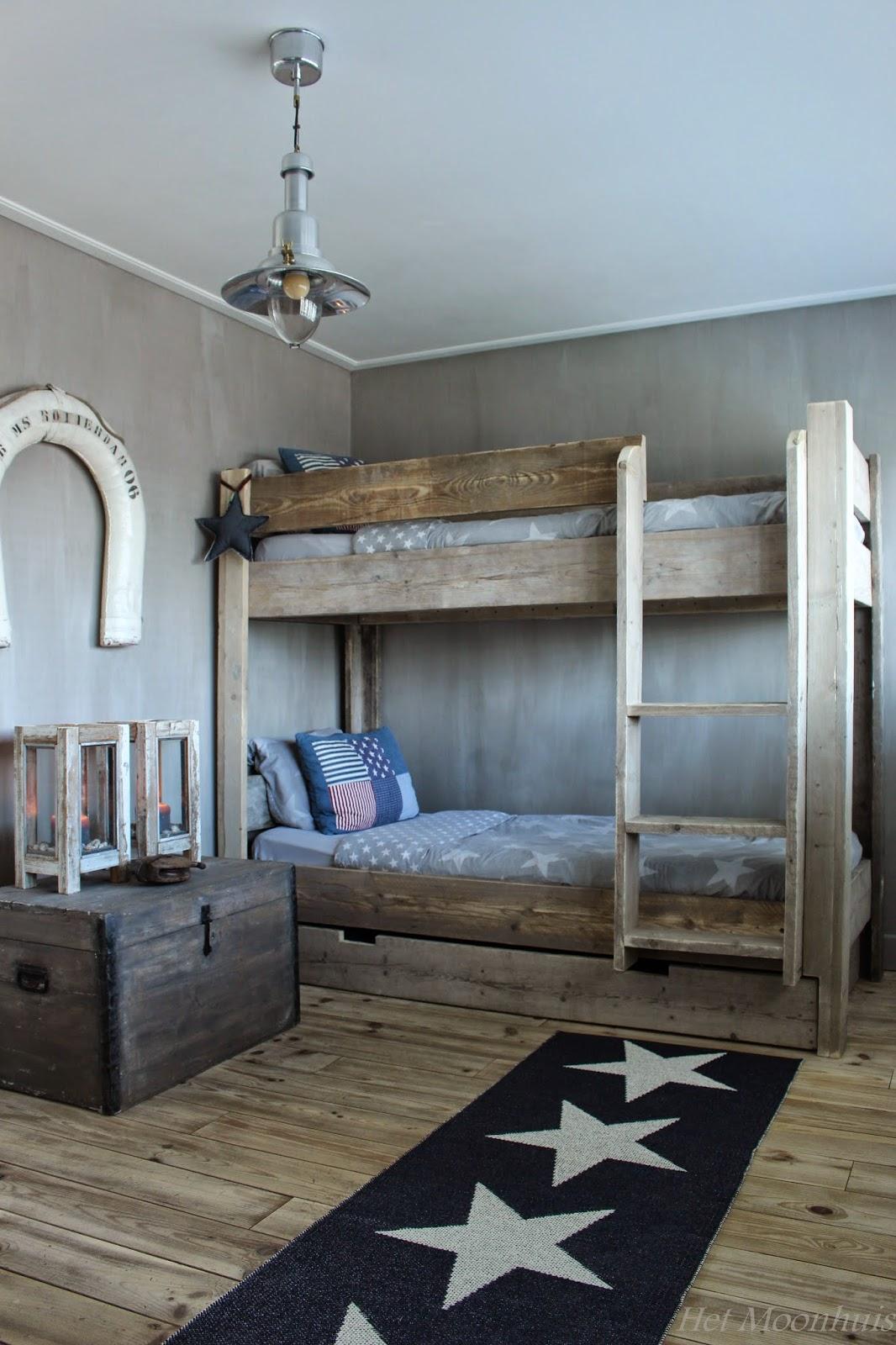Het moonhuis stoere jongenskamer - Decoratie kamer slapen schilderij ...
