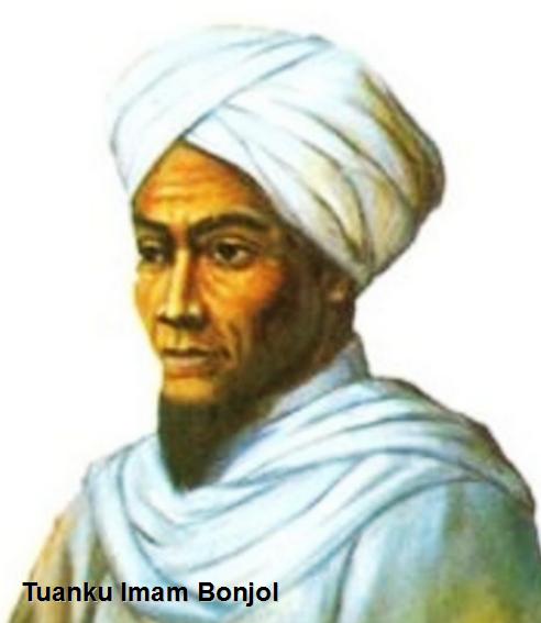 Tuanku Imam Bonjol memimpin perlawanan terhadap Belanda yang berlangsung di Sumatera Barat. Kehadiran Belanda di Sumatera Barat untuk menguasai daerah penghasil kopi. Untuk menguasai Sumatra Barat, Belanda memanfaatkan perselisihan antara Kaum Padri (pembaharu agama Islam) dan Kaum Adat.