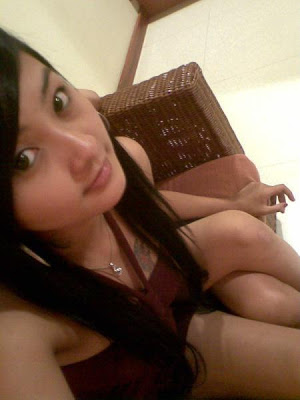 Daiyana Sexy Girl With Tatto Hot Menggoda