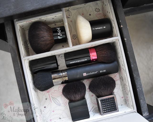 Kabuki Brush Collection