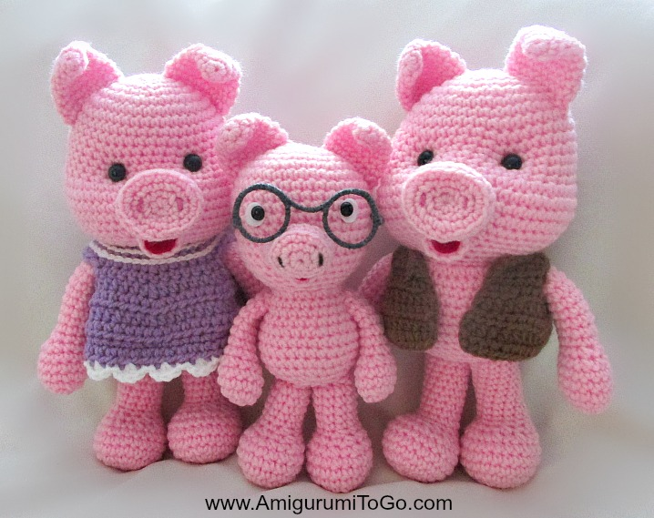 Amigurumi To Go Crochet Along Pig : Pigs and Dresses ~ Amigurumi To Go
