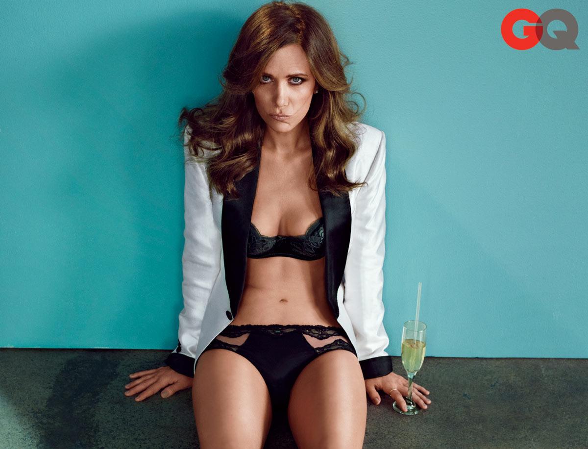 http://1.bp.blogspot.com/-e1dsq7JMpxg/UTLkCfKqdDI/AAAAAAAAD7c/kCajjaSNOwQ/s1600/Kristen+Wiig+Hot+2013_1.jpg