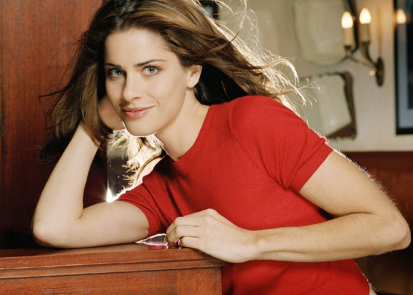 Amanda Peet Wallpapers Free Download