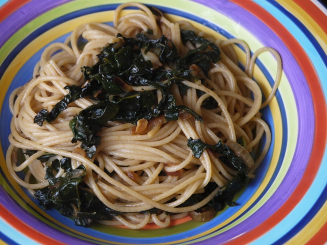 Clockwatching Tart: Spaghetti with Braised Kale