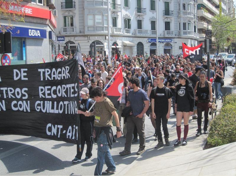 estudiantes,enseñanza,educación libertaria, huelga indefinida,huelga, piquetes, cajas de resistencia, anarcosindicato,sindicatos, sindicatos,obreros,revolucionario,sindicato anarquista, trabajadores,trabajadoras,repesión policial,policia carga,policia reprimen