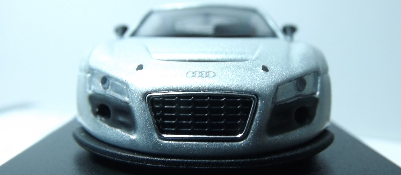 Diecast kyosho audi r8 lms front grill