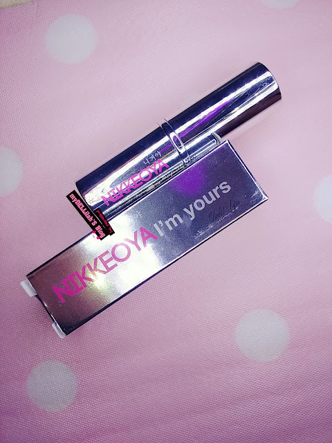 Desain elegan lipstik Sarange