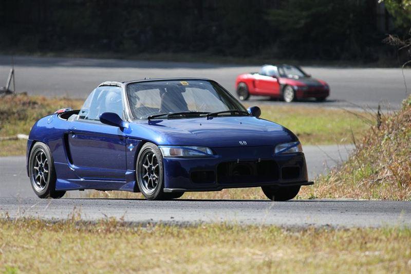 Honda Beat, kei car, roadster, typowa Honda, badass, małe sportowe samochody, silnik 0.7, małe auta z napędem na tył