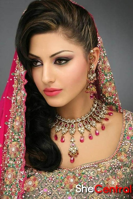 Bridal Makeup Trends 2013