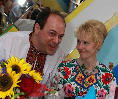 American Man Ukrainian Woman Met Online Got Married