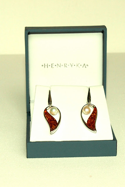 henryka amber and pearl earrings