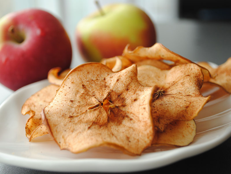 Leanne bakes: Spiced Apple Chips