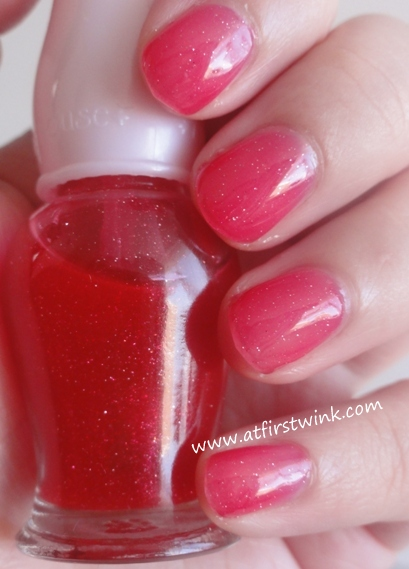 Etude House nail polish RD106 (red jelly)