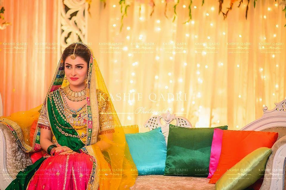 Mehndi Hairstyles For Brides : Ayeza khan in awesome mehndi dress the concepts of