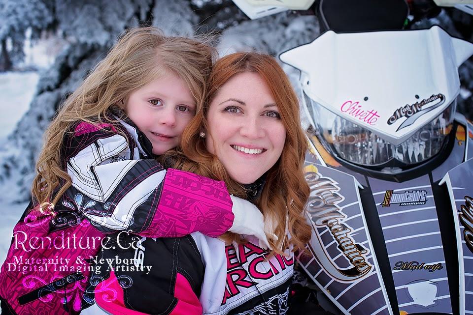 Family, newborn, baby, photographer, saskatoon, renditure, photography