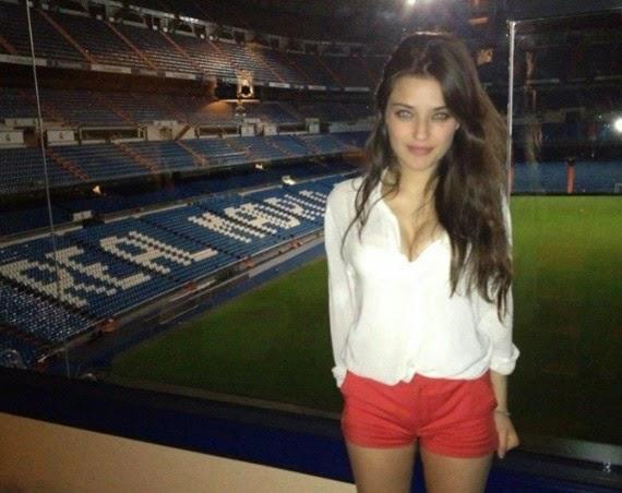La Pechotes y el Pequeño Nicolás: Isabel Mateos, la amiga especial de Francisco Nicolás  Chicas guapas 1X2