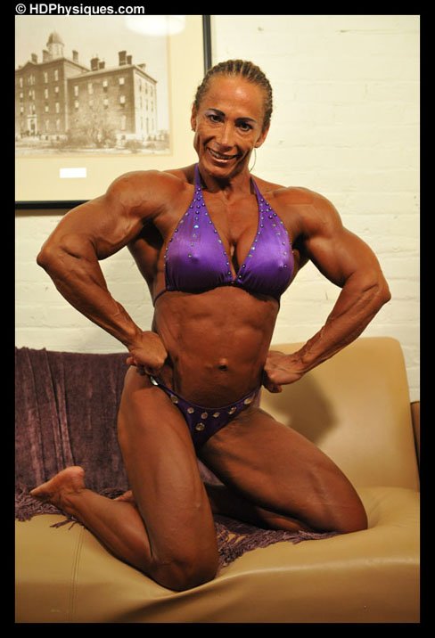 Nidia Hermosilla Ocompos Female Muscle Bodybuilder HDPhysiques