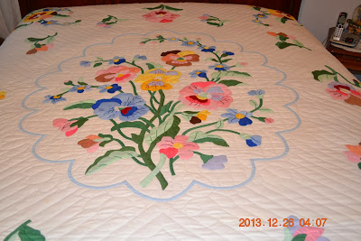 Vintage Quilt, Applique
