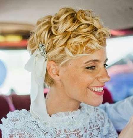 Bruidskapsels foto's en voorbeelden ThePerfectWedding  - Kapsels Bruid Lang Haar