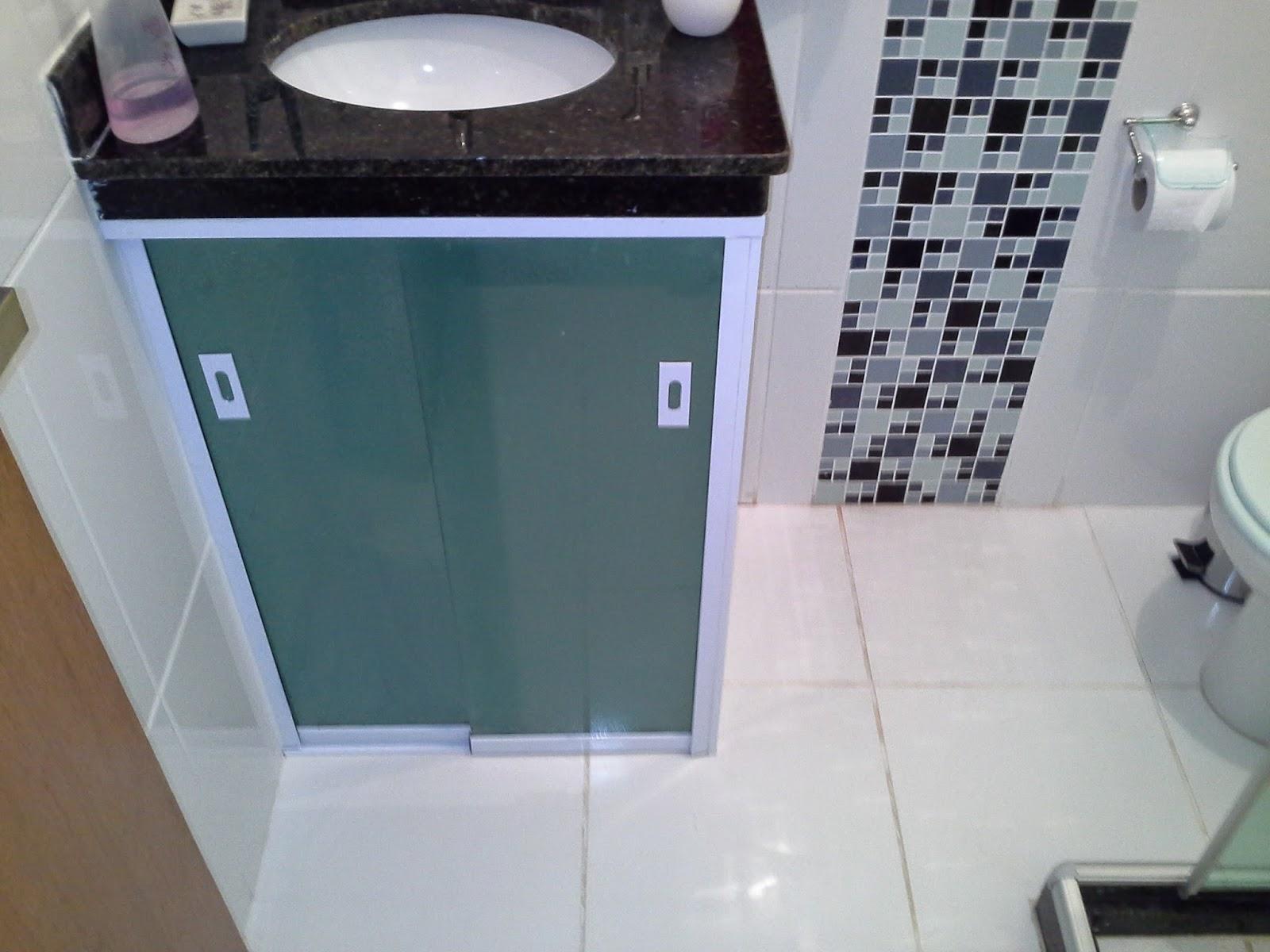 AF4 TEMPER VIDROS: Pias de banheiro em vidro verde fumé jateadas. #35505B 1600 1200