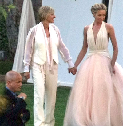 Z3r0 is n0t a siz3 case study portia de rossi for Portia de rossi wedding dress