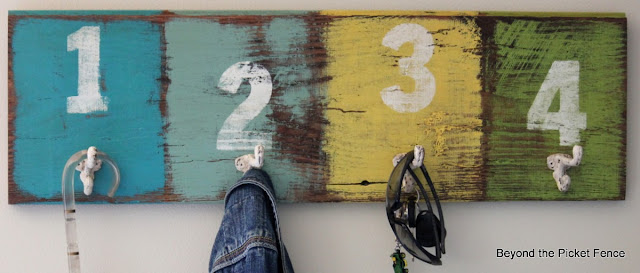 organization, coat hook, paint, reclaimed wood, http://bec4-beyondthepicketfence.blogspot.com/2013/08/off-hook.html