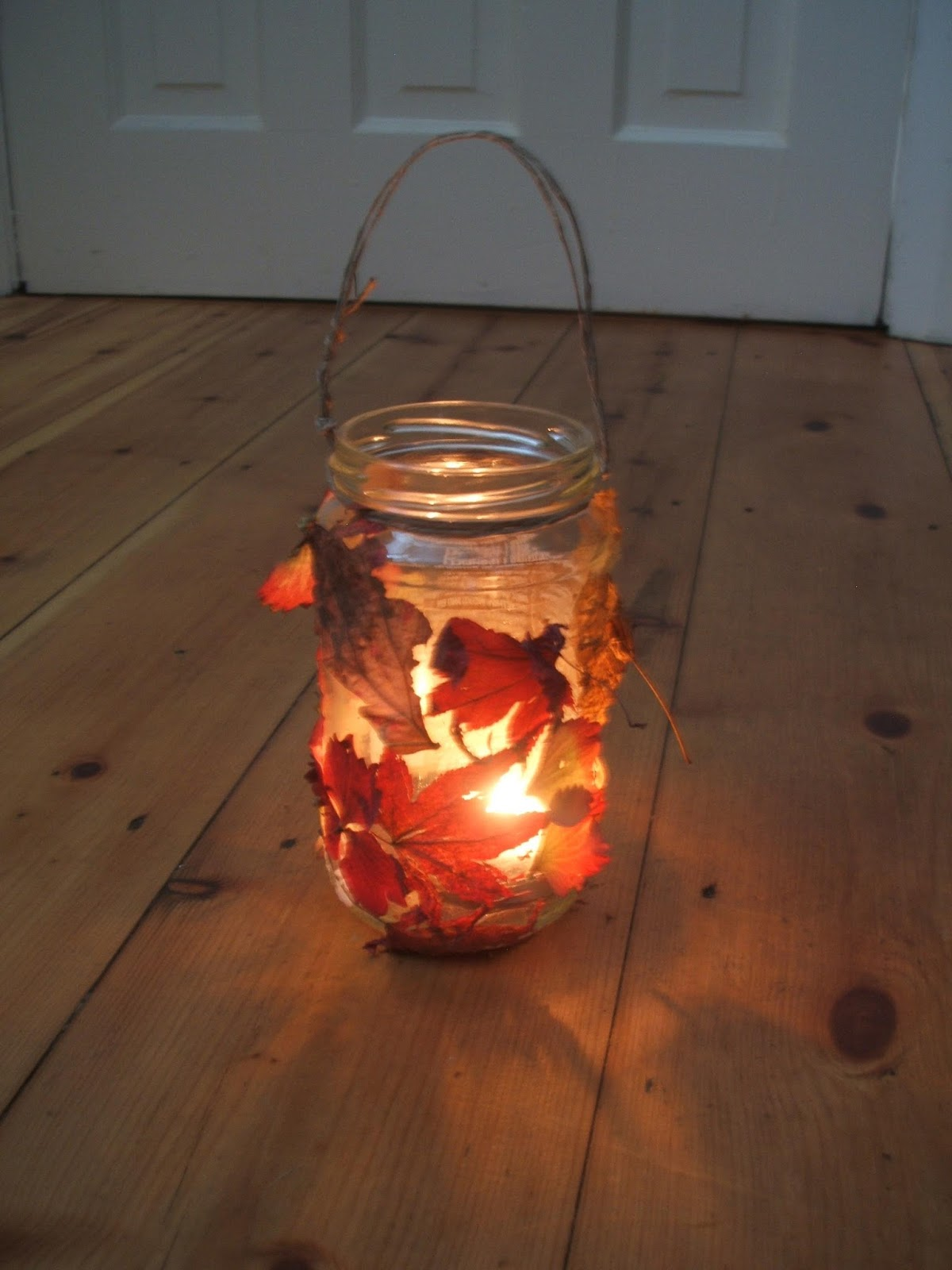 me you and magoo children s craft project autumn leaves jar lantern
