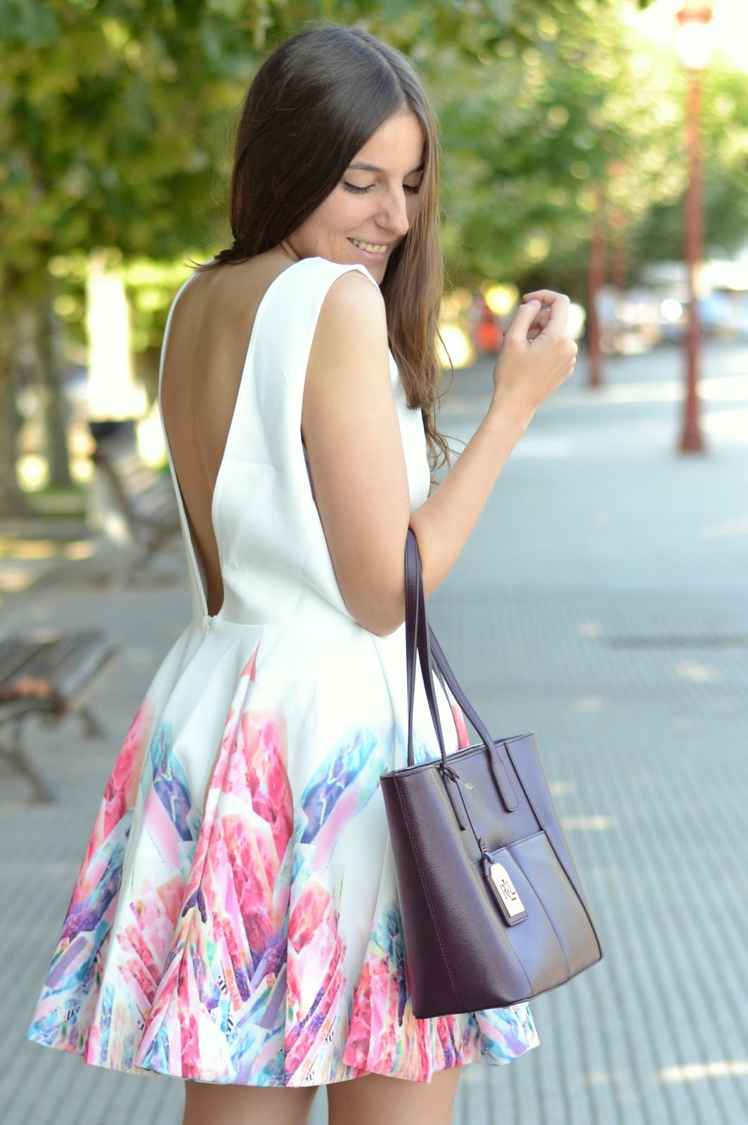 yudani, backless