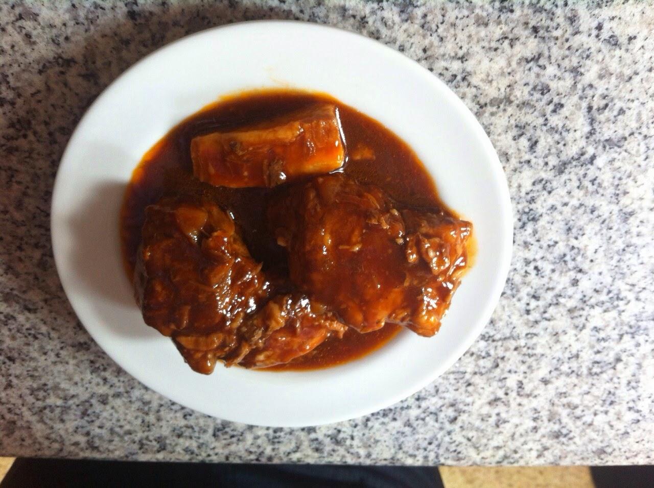 Costilla de cerdo en salsa BBQ casera