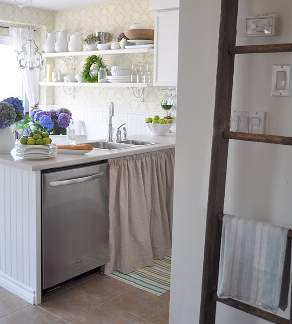 Hammers And High Heels: HOH: The Charm And Simplicity Of Kitchens With Open Shelving