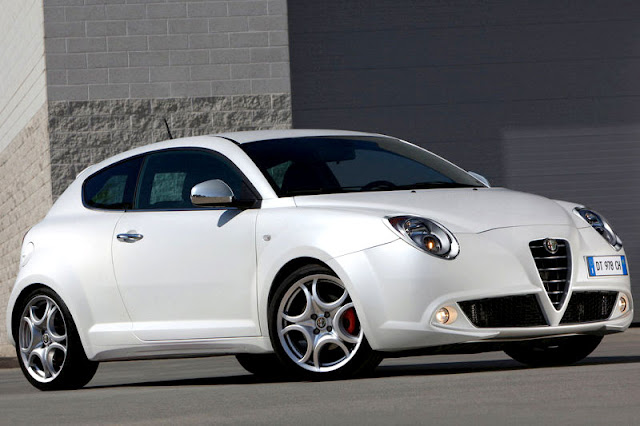 2011-Alfra-Romeo-MiTo-Exterior-front
