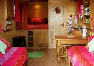 Liz Blair's art and fashion: Gypsy Caravan Wagon Interior Decorating