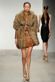 Amanda Wakeley, RTW, A/W 2011, fur coat