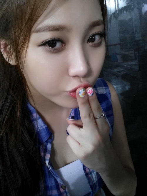 Yura - Sweet Kiss