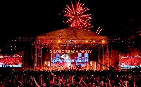 tempat liburan tahun baru, malam tahun baru di singapore, tahun baru di singapore, tahun baru di singapura, tempat wisata tahun baru, pesta di siloso beach, konser di siloso beach