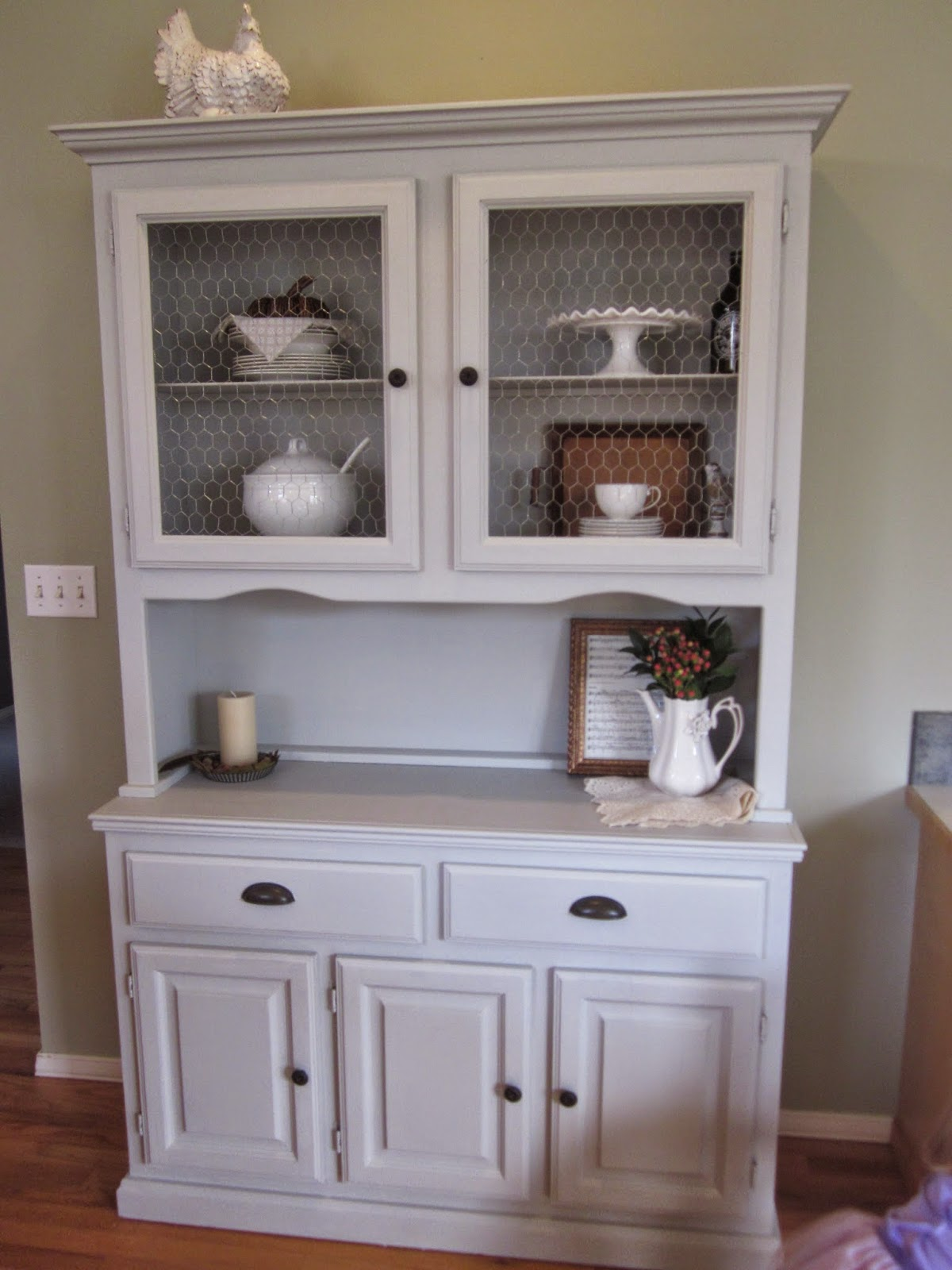 Princes Ponies and Diamonds A New Kitchen Hutch