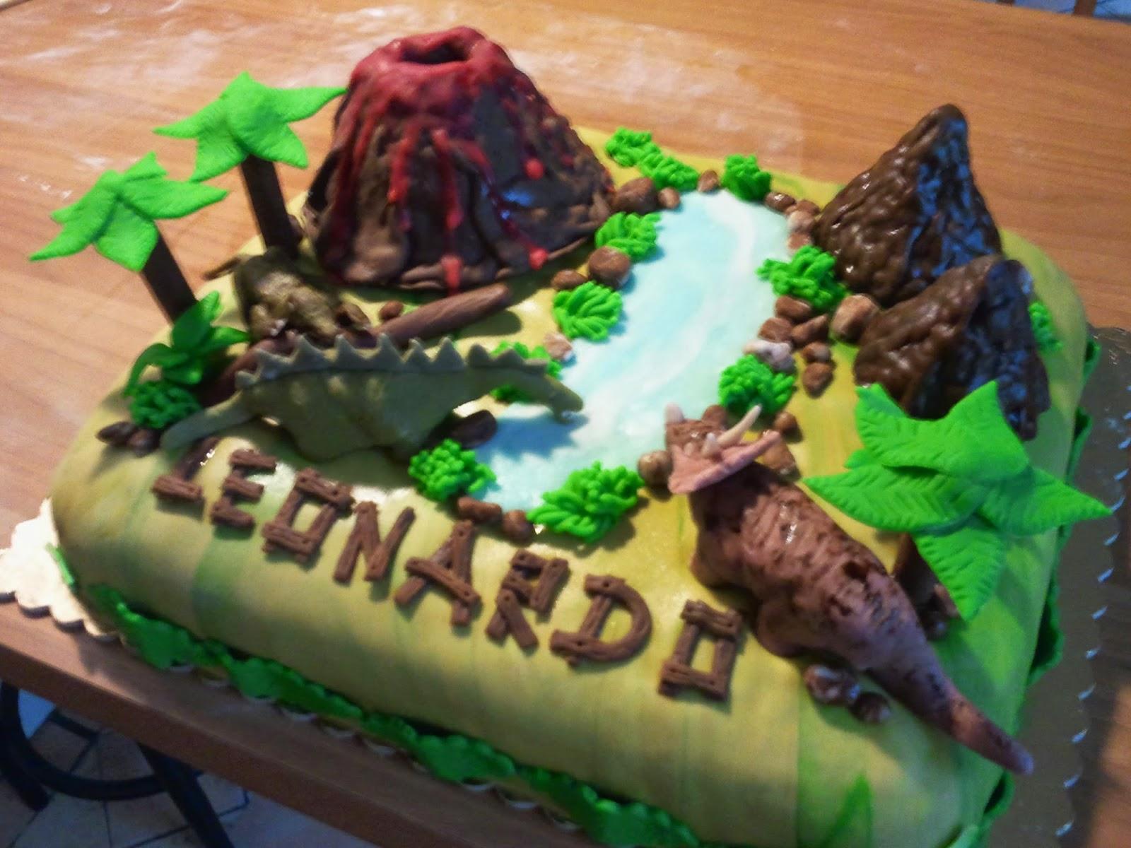 Bomboniere Cake